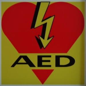 AED_Winkel_Kunstoff_Kleber
