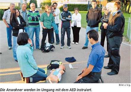 AEDinstruktionFlurhofpark16.09.2010